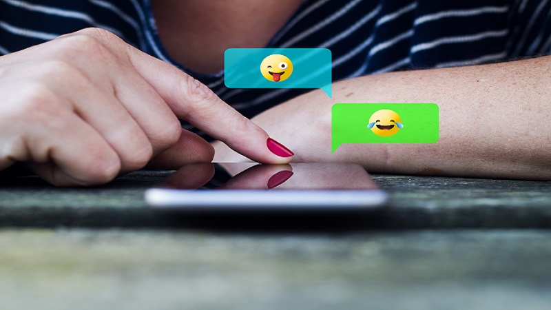 How to Use Social Media Emoji to Humanise Your Business