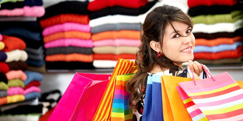 How Retailers Can Use Social Media in Stores to Drive Sales