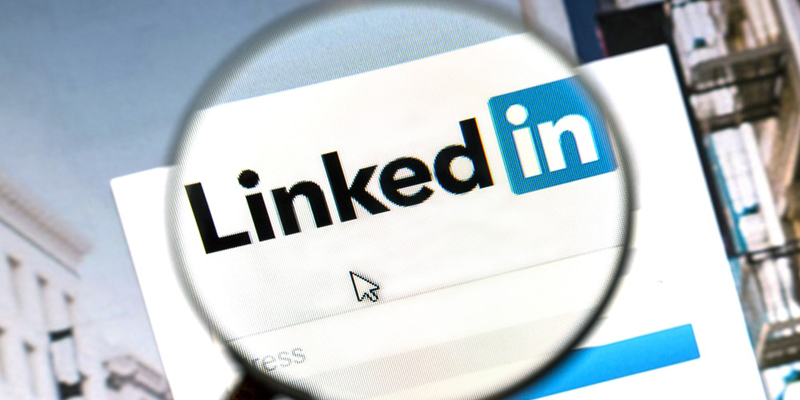 LinkedIn Shares New Usage Insights for Your 2021 Planning [Infographic]